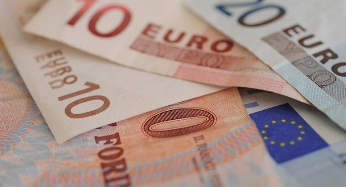t-4-forint-euro.jpg